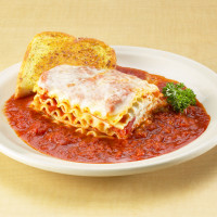 Lasagna (Meat or Cheese)